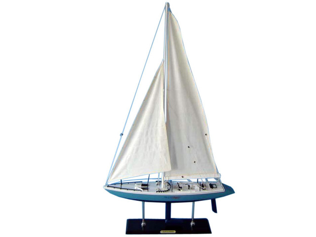 Wooden Stars and Stripes Model Yacht 40