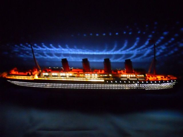 RMS Lusitania Limited Model Cruise Ship 40 w- LED Lights