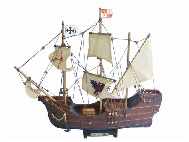 Wooden Santa Maria Limited Tall Model Ship 14
