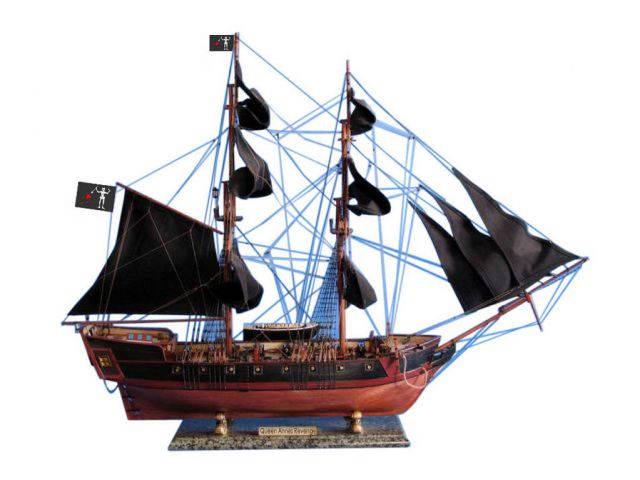 Wooden Blackbeards Queen Annes Revenge Limited Model Pirate Ship 36