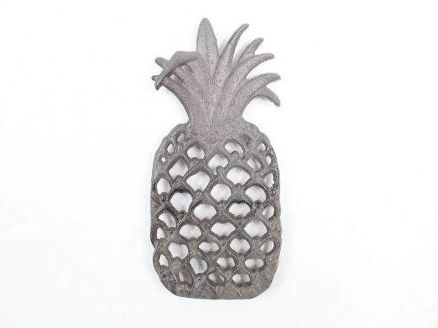 Cast Iron Pineapple Trivet 9