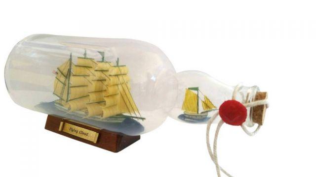 Green Flying Cloud Model Ship in a Glass Bottle 11