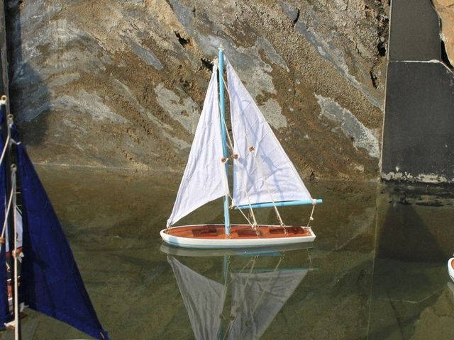 Wooden It Floats 21 - Light Blue Floating Sailboat Model
