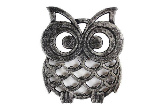 Rustic Silver Cast Iron Owl Trivet 8