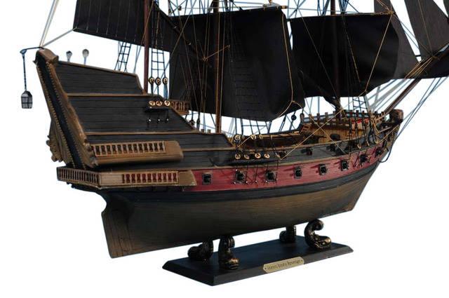 Black Barts Royal Fortune Limited Model Pirate Ship 24 - Black Sails