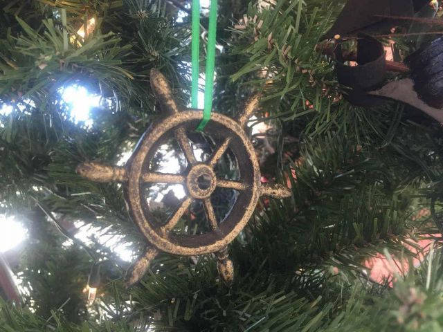 Antique Gold Cast Iron Ship Wheel Decorative Christmas Ornament 4