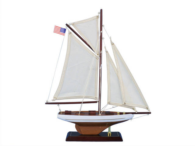 Wooden Columbia Model Sailboat Decoration 16