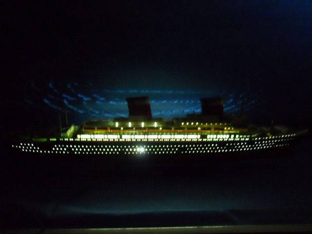 SS United States Limited 50 w- LED Lights Model Cruise Ship