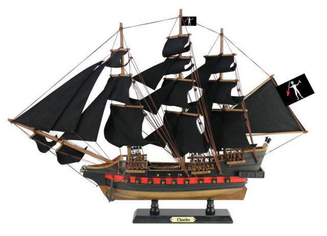 Wooden John Halseys Charles Black Sails Limited Model Pirate Ship 26