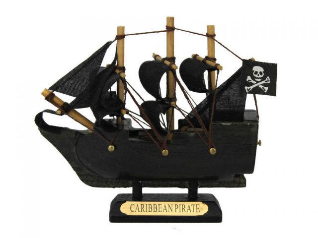 Wooden Caribbean Pirate Ship Model 4