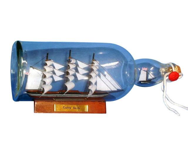 Cutty Sark Model Ship in a Glass Bottle 11