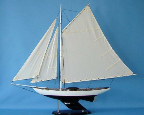 Modern Decor Sloop 26