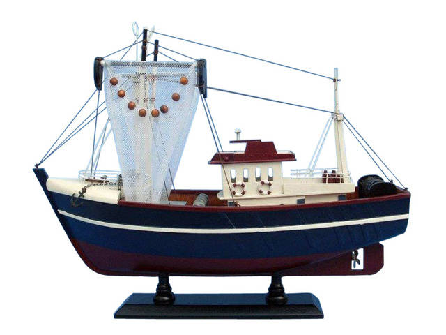 Wooden Fishin Magician Model Boat 18