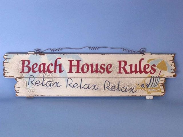 Wooden Beach House Rules Sign 20