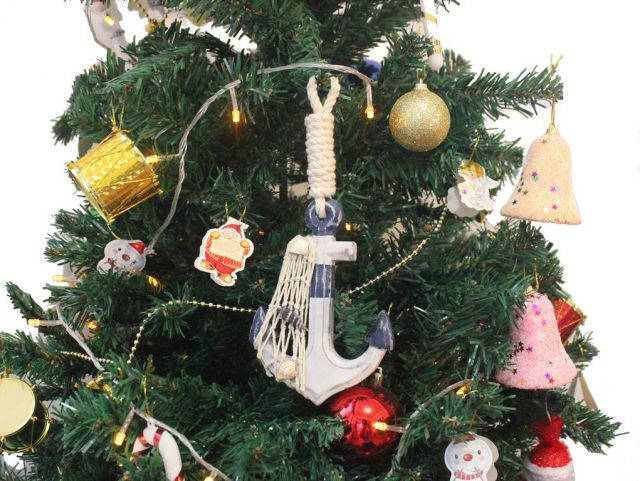 Wooden Rustic Decorative Blue and White Anchor Christmas Tree Ornament