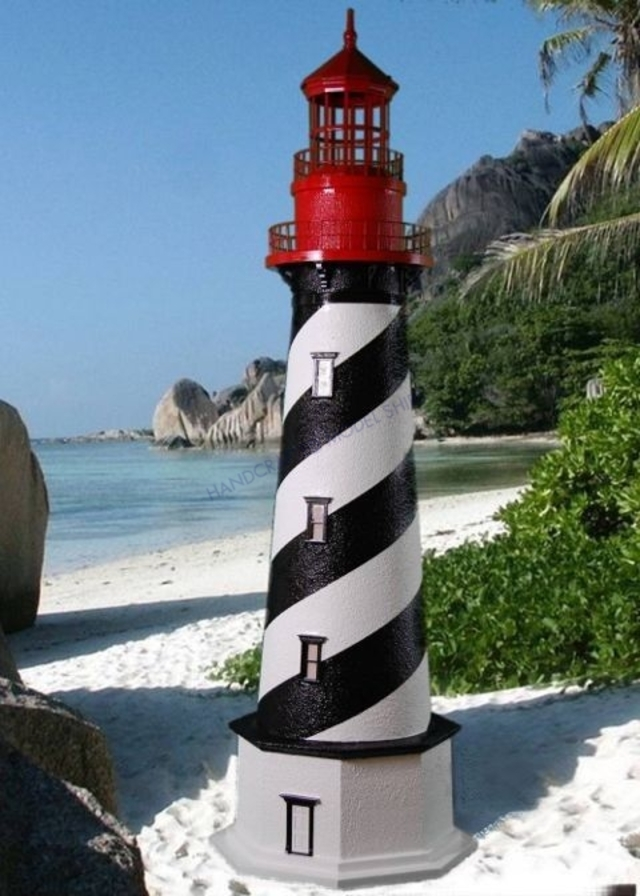 St. Augustine Stucco Electric Lawn Lighthouse 60