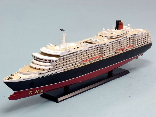 Buy Queen Victoria Limited 40 Inch Model Ships Model