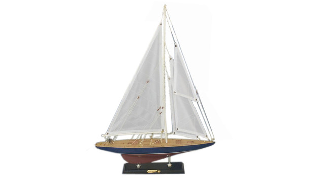 Wooden Endeavour Limited Model Sailboat Decoration 20