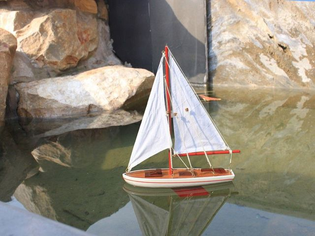Wooden It Floats 12 - Red Floating Sailboat Model