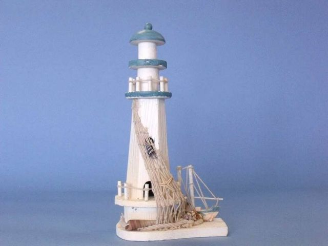 Wooden Net and Boat Lighthouse 11