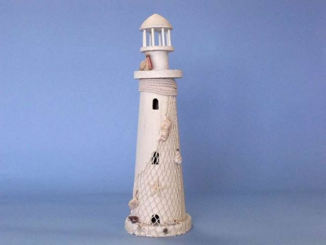 Wooden Pelican Medium Lighthouse 18