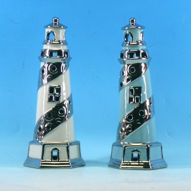 Set of 2 - Porcelain Tealight Lighthouse Holder 9