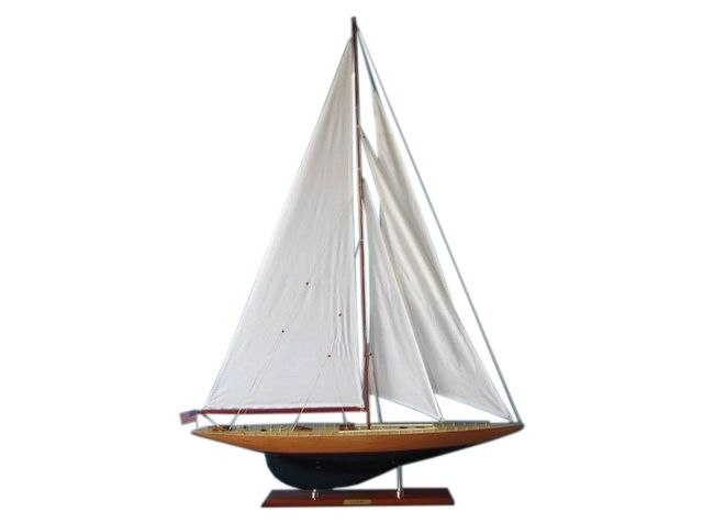 Wooden Yankee Limited Model Sailboat Decoration 50