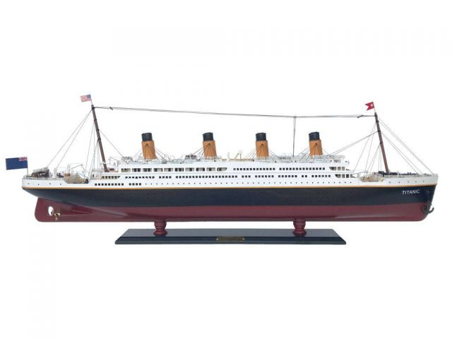 RMS Titanic Model Cruise Ship 40