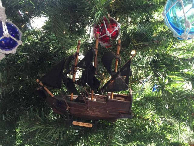 Wooden Calico Jacks The William Model Pirate Ship Christmas Tree Ornament