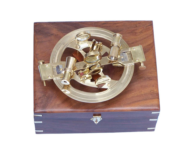 Round Sextant with Rosewood Box 8