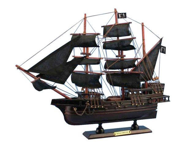 Wooden Black Bartandapos;s Royal Fortune Model Pirate Ship 15