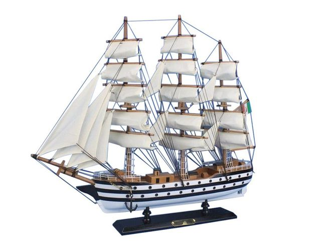 Wooden Amerigo Vespucci 20 Tall Model Ship