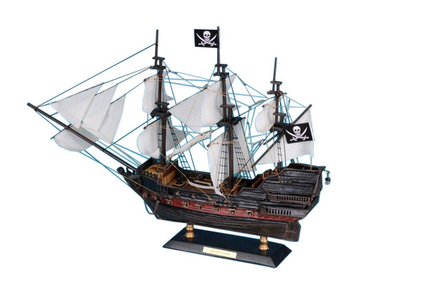 Calico Jacks The William 15 - White Sails