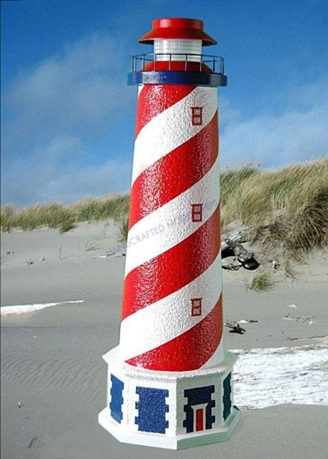 American Stucco Solar Landscape Lighthouse w-Base 28