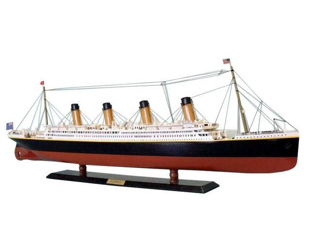 RMS Titanic Limited Model Cruise Ship 40
