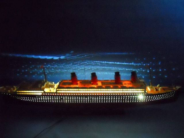 RMS Mauretania Limited 50 w- LED Lights Model Cruise Ship