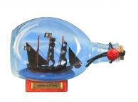 Black Bartandapos;s Royal Fortune Pirate Ship in a Bottle 7