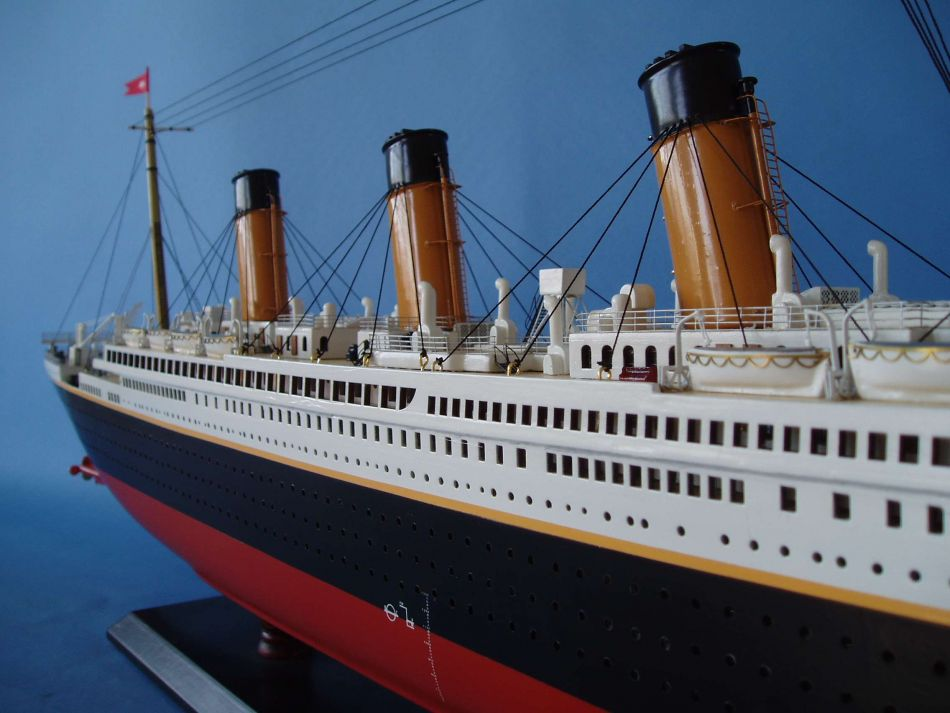 Model Ship Titanic