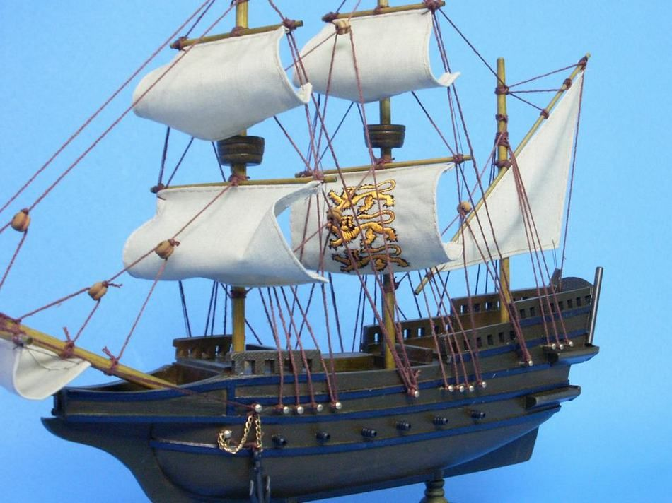 buy wooden elizabethan galleon tall model ship 14 inch ship model mo