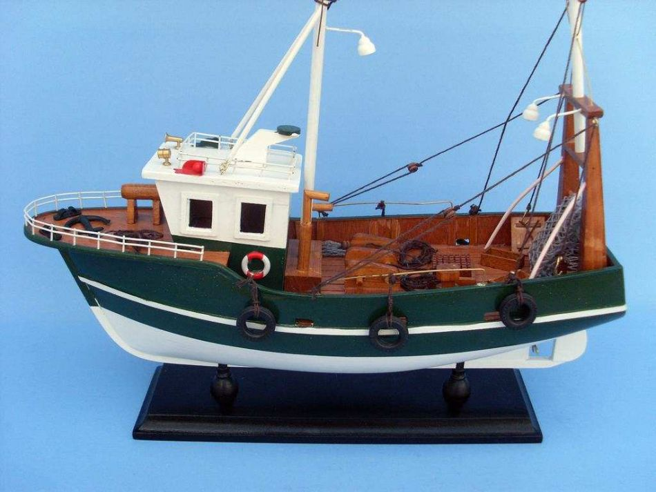 Fishing R Us 15 Inch Model Sailboat Wooden Sailing