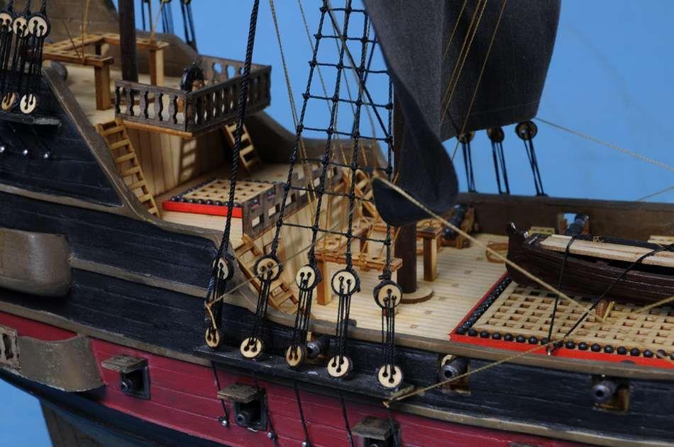 Buy Blackbeard S Queen Anne S Revenge Limited Model Pirate