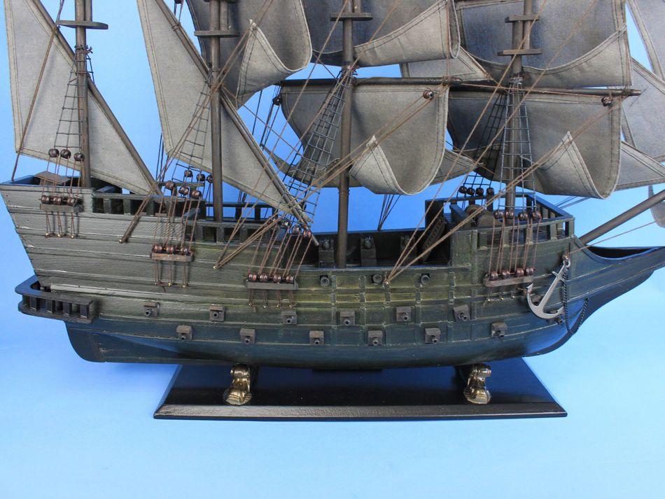 Flying Dutchman Ship Wallpaper Flying Dutchman Ghost Ship