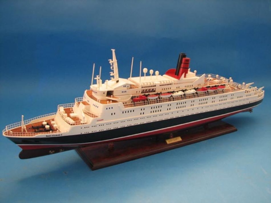 Sell Wooden Cruise Ship Model Queen Mary 2 Pictures to pin on ...
