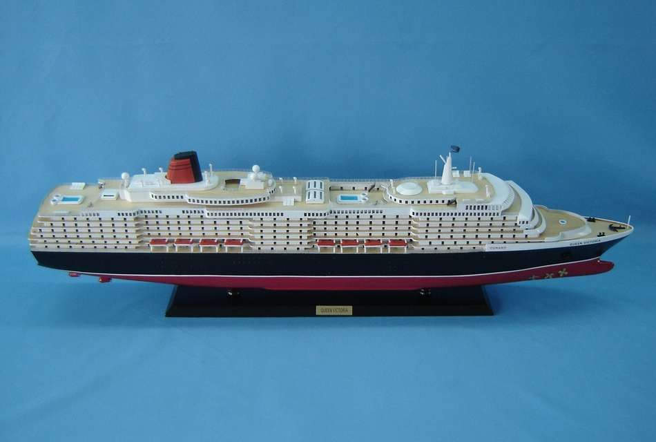 Buy Queen Victoria Limited 40in W Led Lights Model Ships