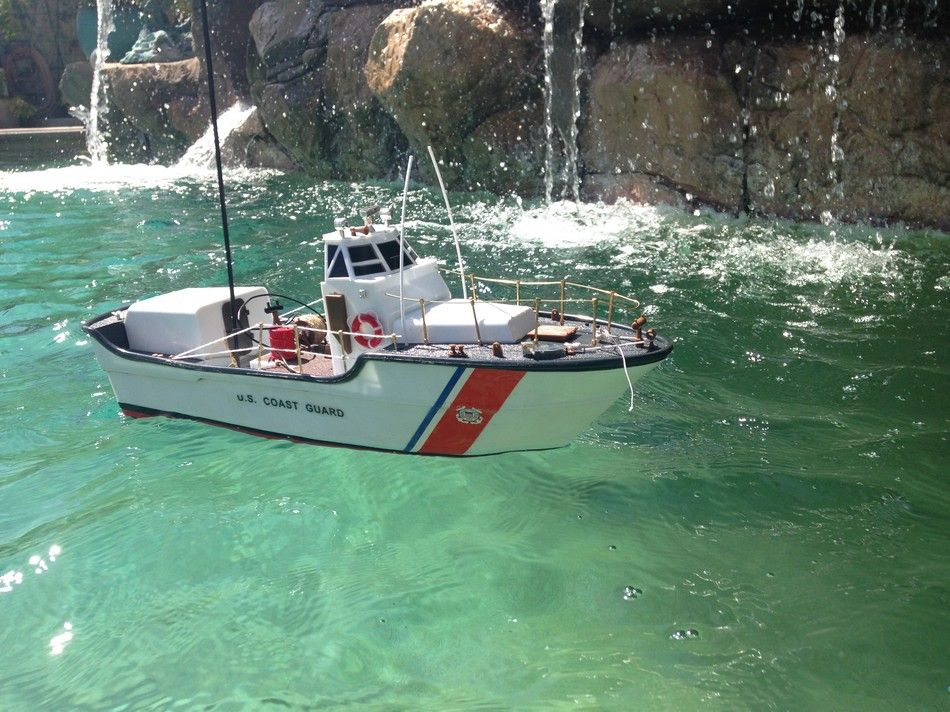 Remote Control Boats : Buy ready to run remote control uscg motor lifeboat