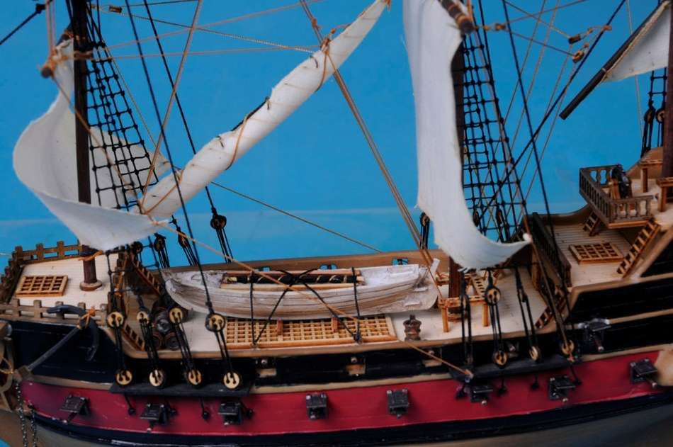 Buy Black Bart S Royal Fortune Model Pirate Ship 24in