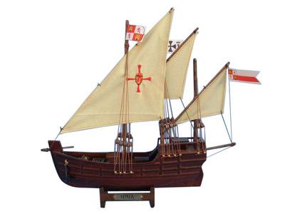 Wooden Nina Model Ship 12\