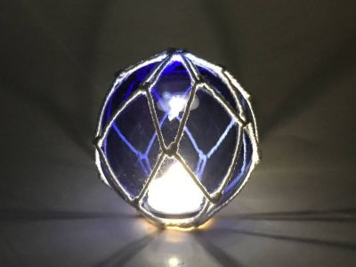 Tabletop LED Lighted Dark Blue Japanese Glass Ball Fishing Float with White Netting Decoration 4\