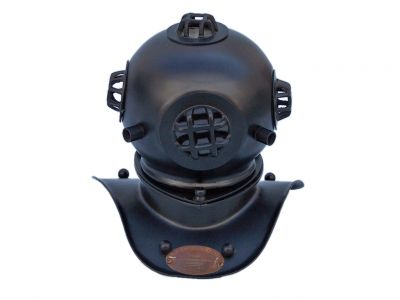 Black Iron Divers Helmet 8