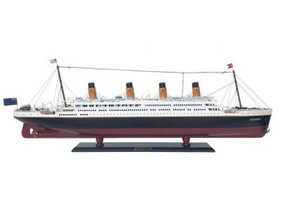 RMS Titanic Model Cruise Ship 40\